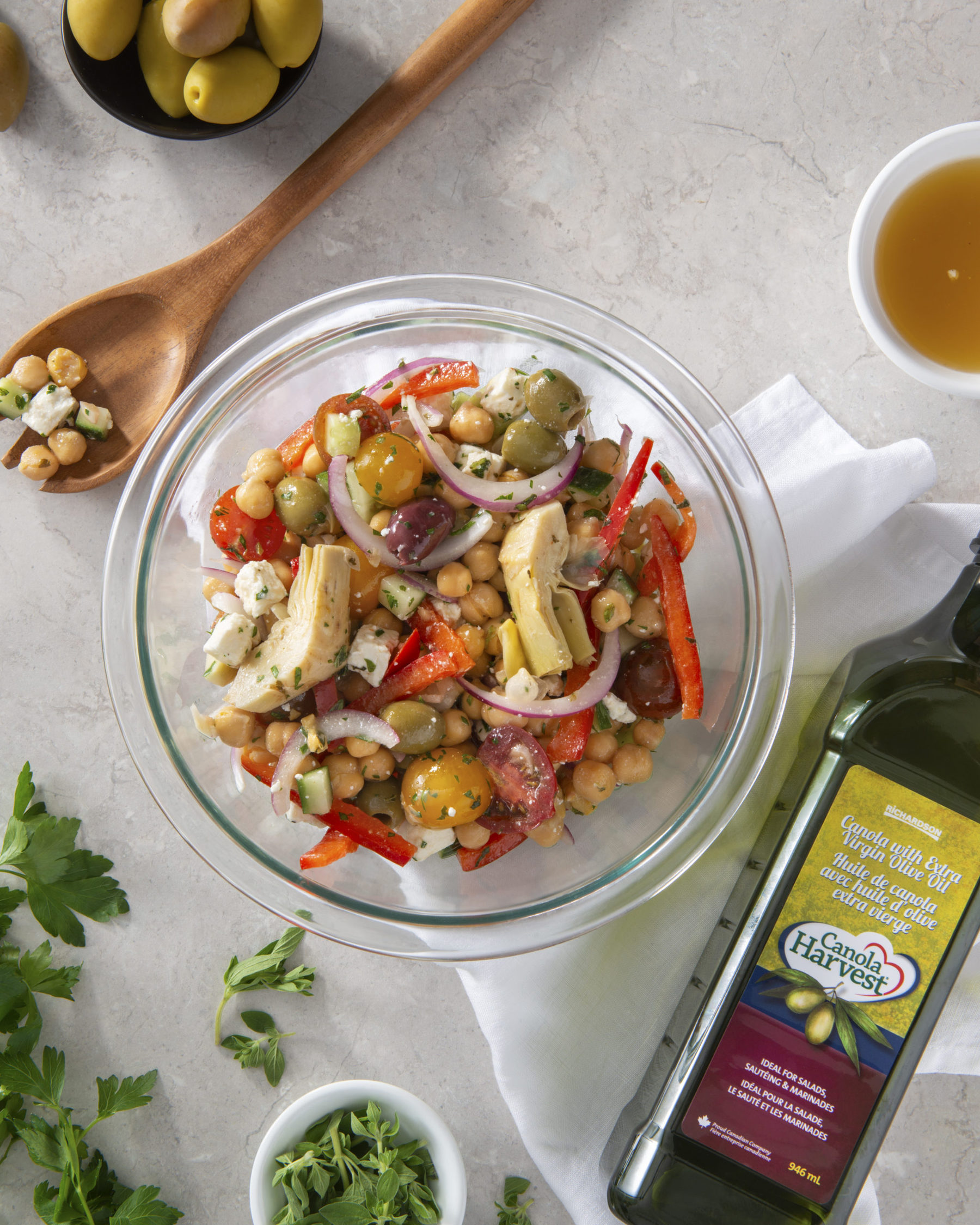 Image of chickpea salad featuring Canola Harvest Oil with Extra Virgin Olive Oil